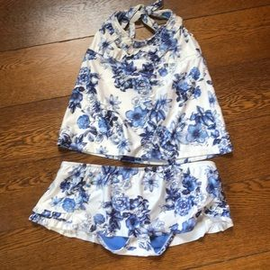 Lucky Brand Ruffle Floral Blue + White Swim Top M